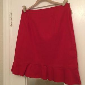 🍍 Briggs Red Ruffle Hem Skirt